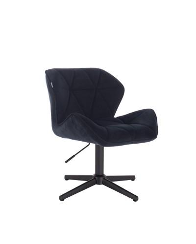 Czarne krzesło PETYR na metalowej czarnej podstawie krzyżak
