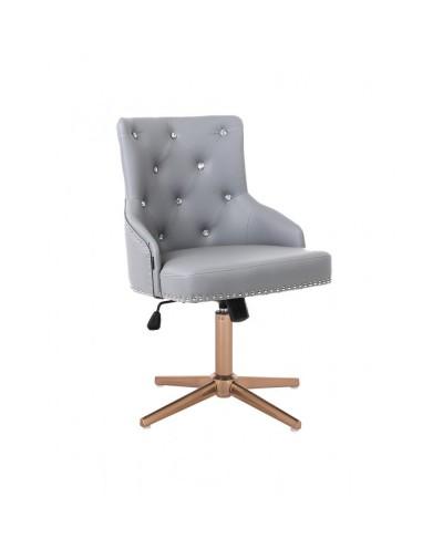 Elegancki szary fotel CLARIS CRISTAL na prezent - złoty cross