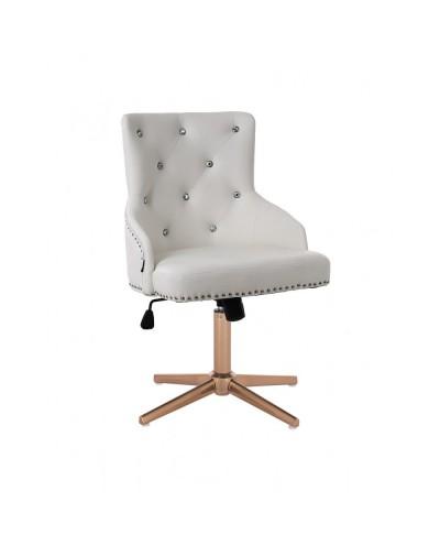 Elegancki biały fotel CLARIS CRISTAL na prezent - złoty cross